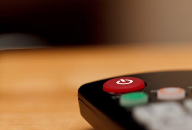 Czym kierować się przy wyborze telewizji cyfrowej Kompendium wiedzy w pigułce